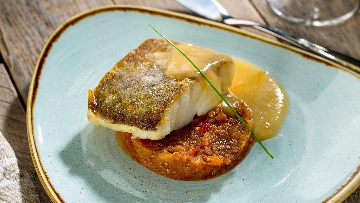 Bacalao al chilindrón con caldo emulsionado sin gluten